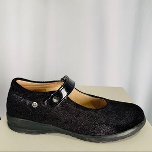 Girls Size 1 US/31 EU Black Naturino